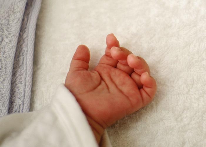 脳死女性、延命55日後に出産する(ポーランド)