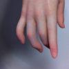 「女子の手」だと思ったら、「フィギュアの手」だった・・・これはわからないよね