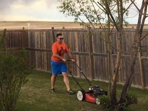 芝刈り トルネード