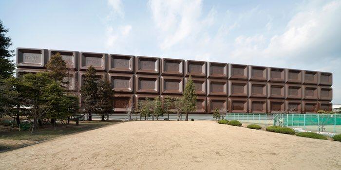 明治製菓 大阪工場